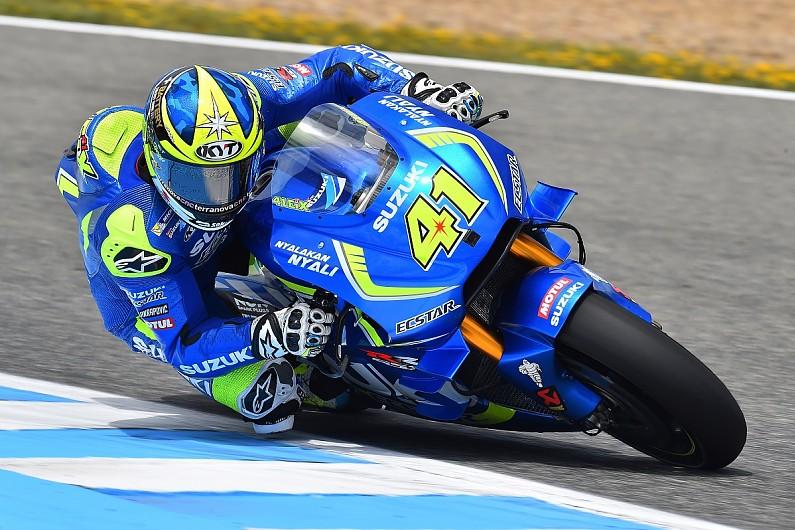 Valentino Rossi wins Spanish Grand Prix
