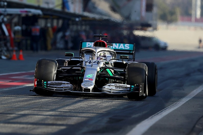 Races without fans will feel worse than test days - Hamilton