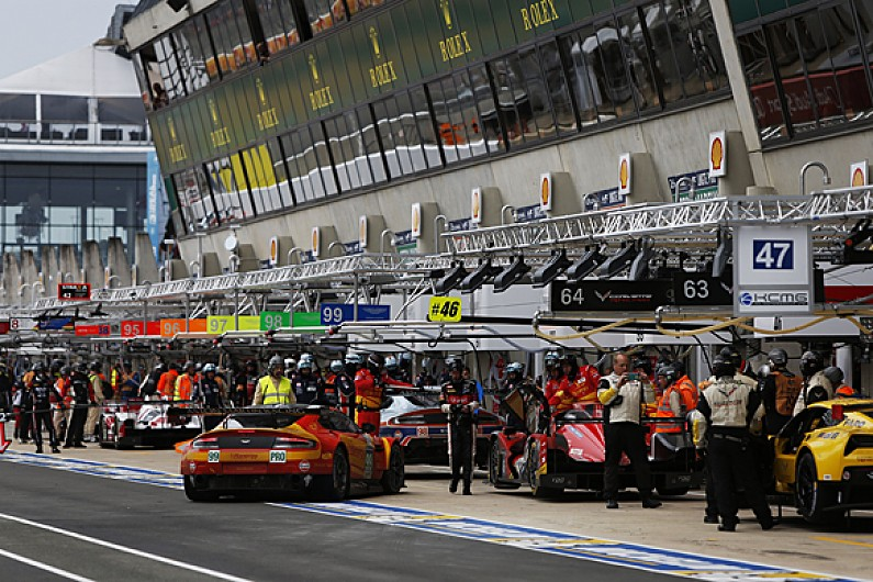 le mans rushing pit expansion due to quality of 2016 24 hours entry wec autosport. Black Bedroom Furniture Sets. Home Design Ideas