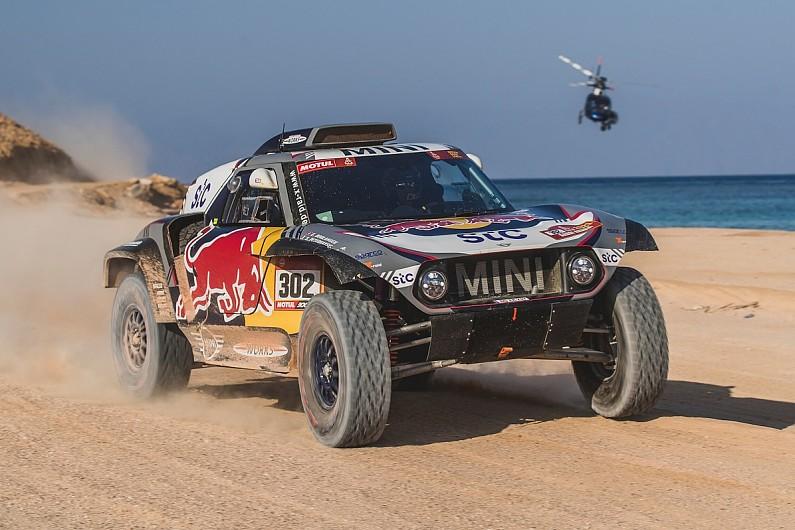 Leader of Dakar Rally motorbike race 'Nacho drops out