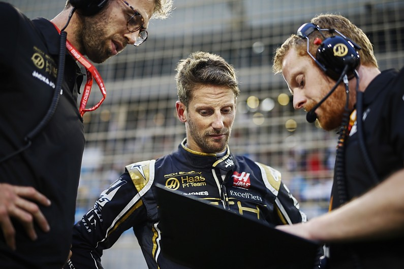 Romain Grosjean hit with three-place grid drop after F1 qualifying