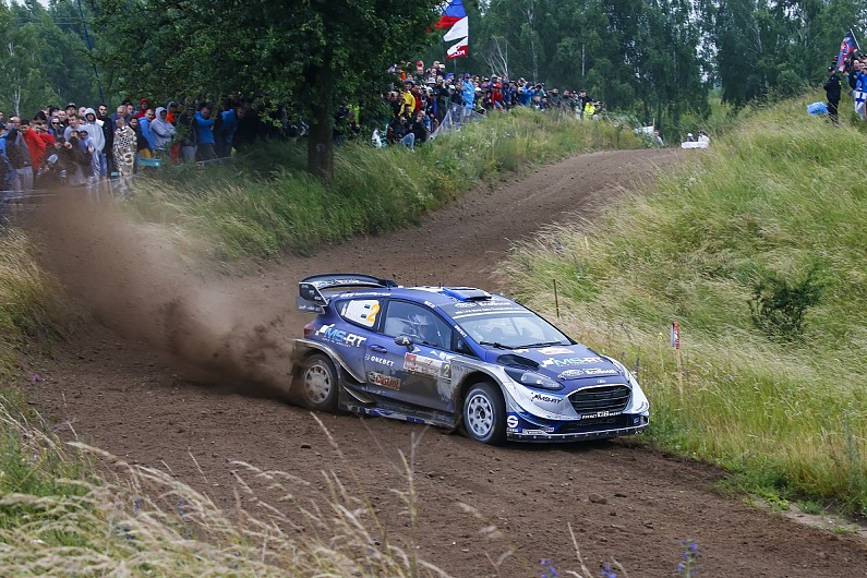 Neuville closes on Ogier with victory in Poland