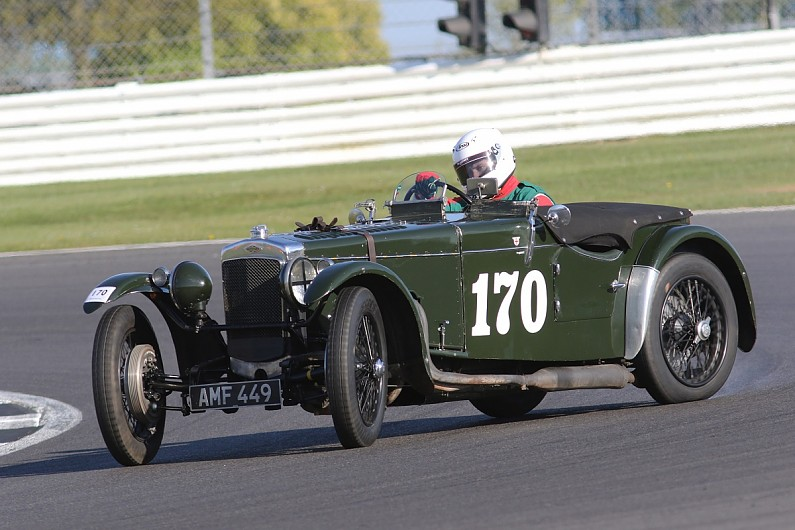 vintage sports car club pushing to attract younger drivers. Black Bedroom Furniture Sets. Home Design Ideas