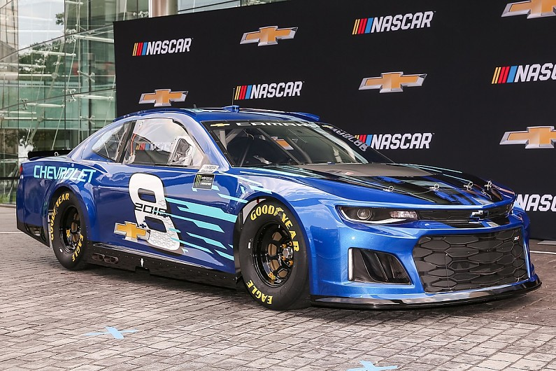Chevrolet Reveals New Camaro Zl1 For 2018 Nascar Cup