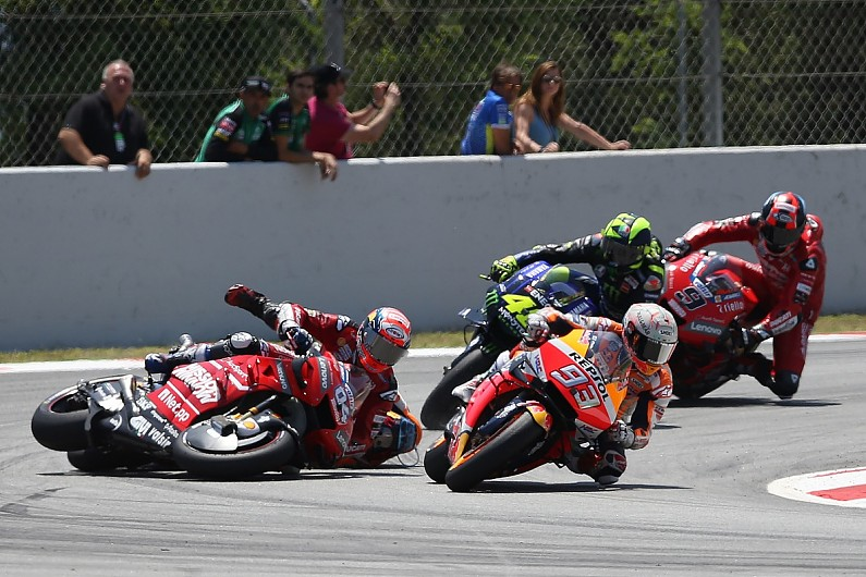 MotoGP Barcelona: Marquez defends Lorenzo over multi-rider crash