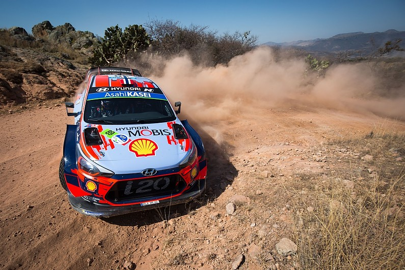 Hyundai's Andreas Mikkelsen retires from WRC Rally Mexico lead