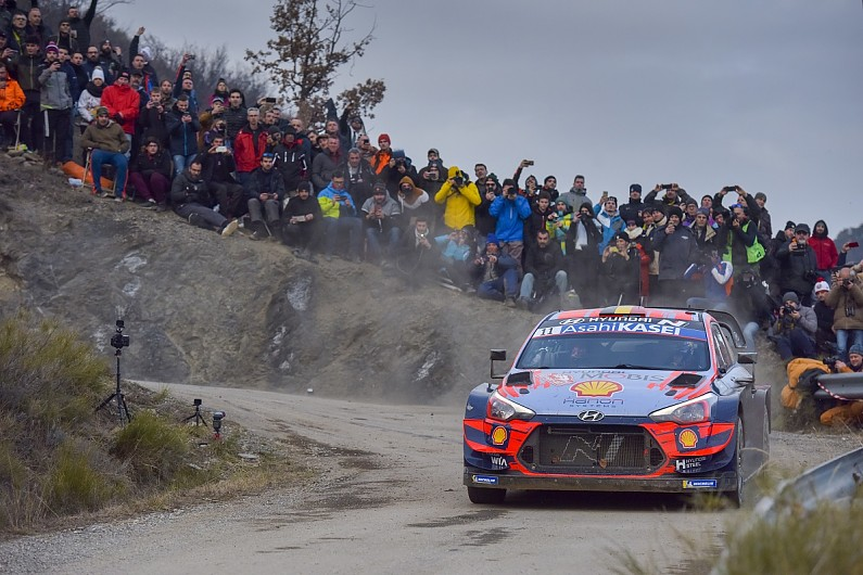 Rally Monte Carlo WRC: Neuville wins thrilling season-opener