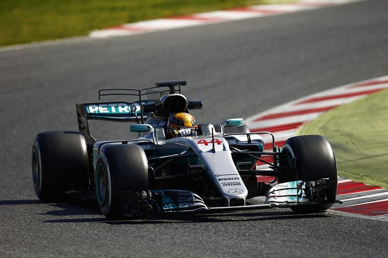 Mercedes F1's Hamilton yet to get 2017 car 'into a good window' - F1 - Autosport