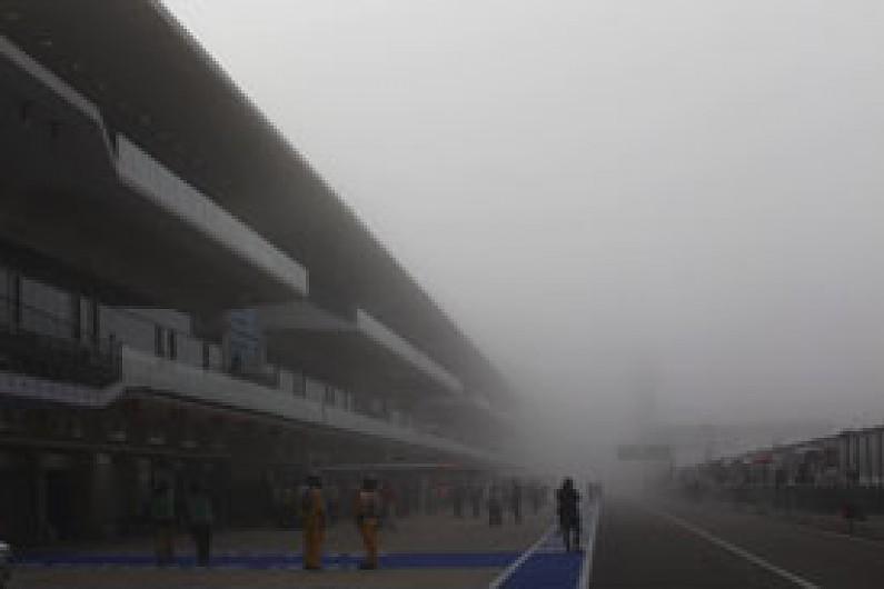 US GP: Fernando Alonso leads bizarre first practice for Ferrari