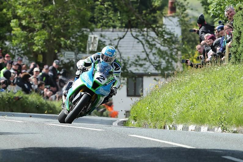 Runner-up Harrison's Superbike TT bid hindered by