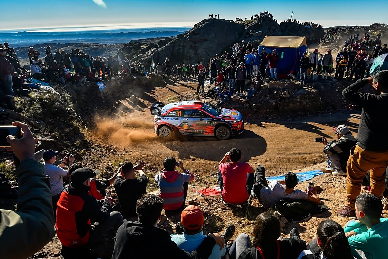 Neuvile 'making the difference' at Hyundai in WRC title battle