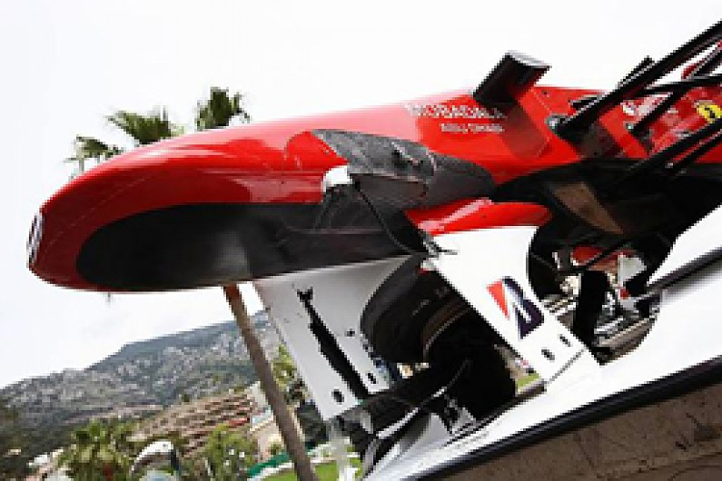 Extra Wheel Tether To Be Added For 2011 F1 Autosport