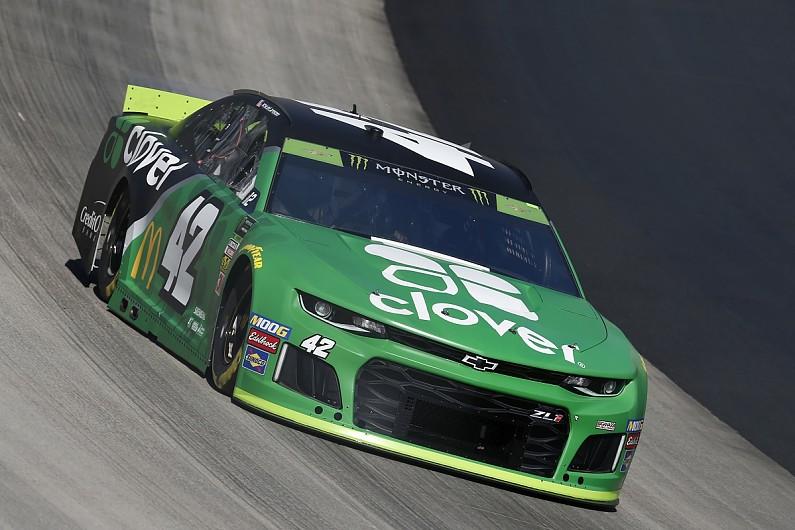 Dover NASCAR: Kyle Larson ends two-year winless streak