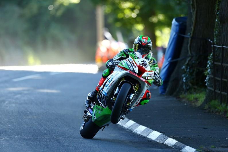 James Hillier sticks with Bournemouth Kawasaki for Isle of Man TT