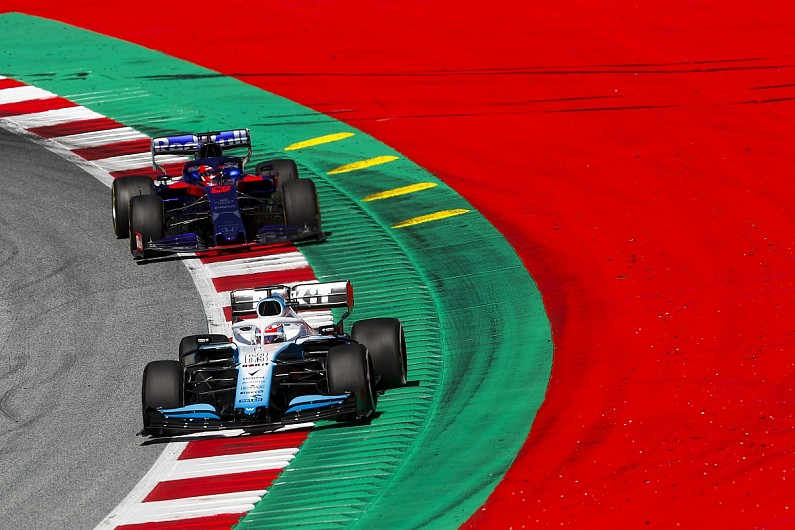 """Russell gets penalty for incident that """"ruined"""" Kvyat's qualifying"""