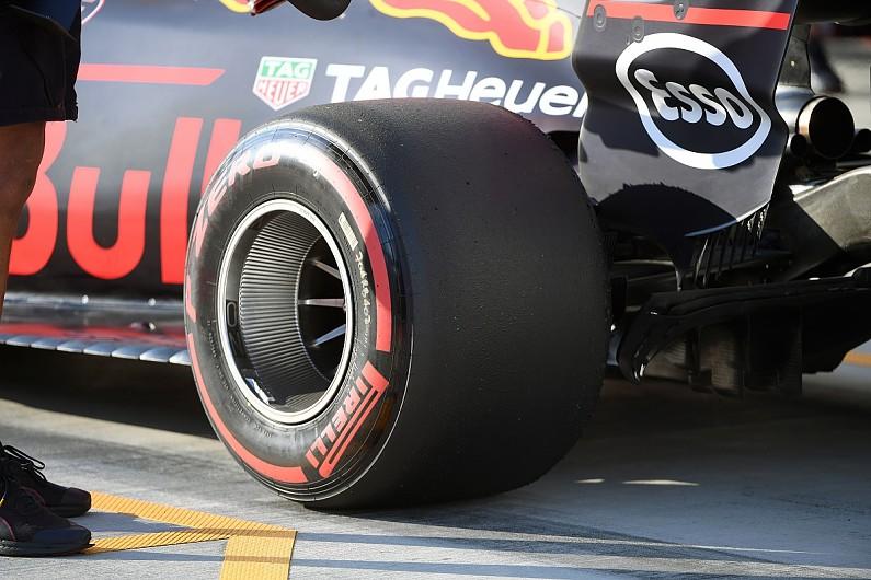 mercedes formula 1 team brings new rear wheel design for belgian gp f1 autosport. Black Bedroom Furniture Sets. Home Design Ideas