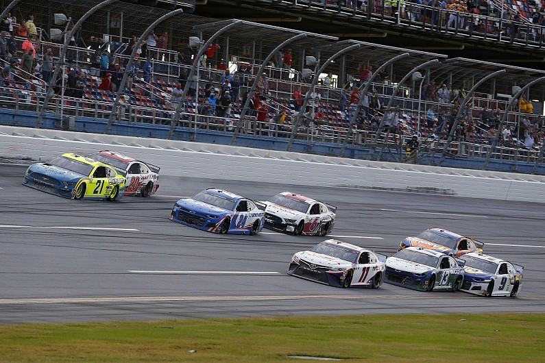 NASCAR Talladega: Hamlin prevails in photo-finish after investigation - Motor Informed