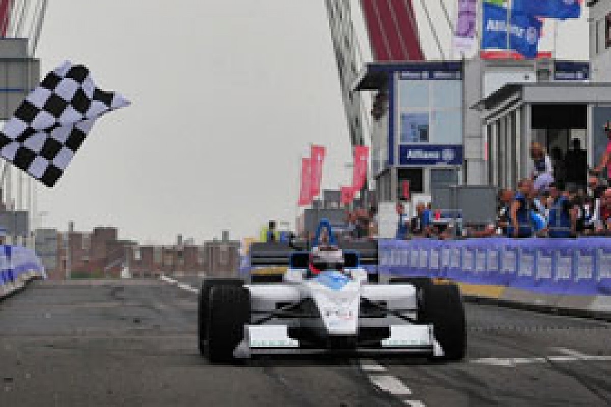 Formula E Is FIA Owned But With An Outside Rights Holder And Promoter, Much  Like Formula 1 © XPB