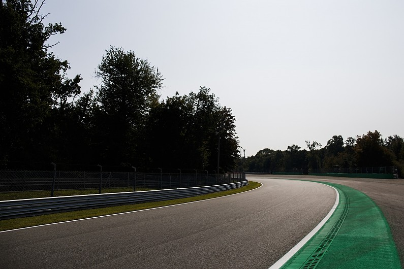 Parabolica sausage kerb removed after Peroni crash, affects