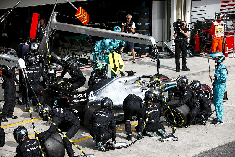 "Mercedes F1 team admits Hamilton's extra pitstop was a ""dumb"" offer"