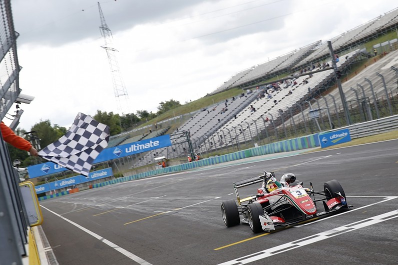 hungaroring f3 gunther takes points lead after race one victory f3 autosport. Black Bedroom Furniture Sets. Home Design Ideas