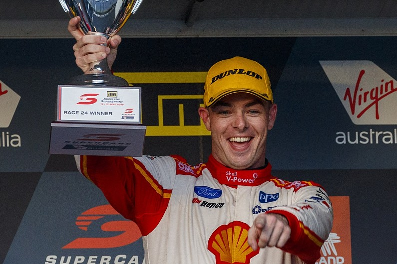 Pukekohe Supercars: McLaughlin breaks win record in controversial race