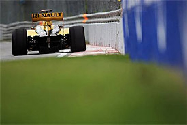 Analysis: KERS a bigger boost in 2011 - F1 - Autosport