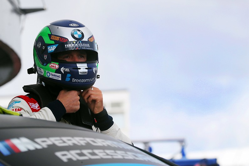 Turkington bags Brands Hatch BTCC pole, title rival Jordan crashes