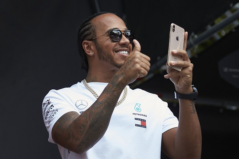 Hamilton 'cracked up' at Verstappen's dig at ex-F1 champion Rosberg