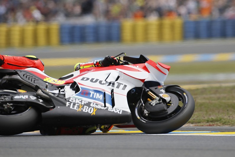 MotoGP Le Mans: Ducati riders blame Michelin fronts for crashes