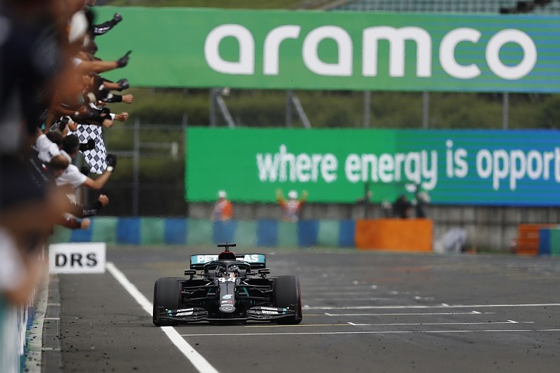 """Hamilton sees F1 career extending """"at least three years"""" more after 2020 - Motor Informed"""