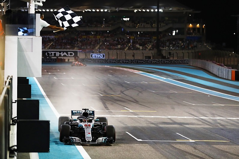 Lewis Hamilton wins 2018 F1 Abu Dhabi Grand Prix - F1