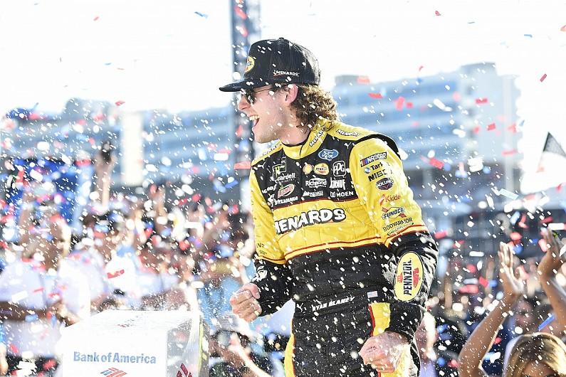 Charlotte roval NASCAR: Blaney wins as Truex and Johnson collide - NASCAR - Auto...