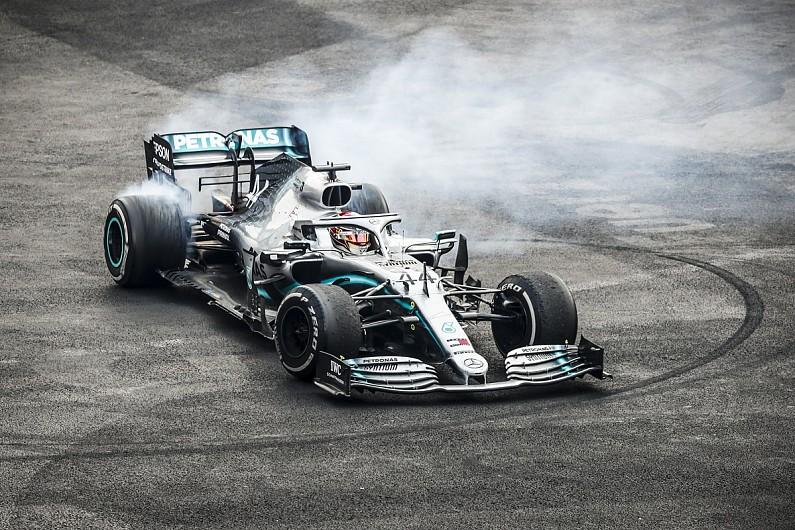 Hamilton: Floor damage a 'struggle' despite F1 Mexican GP victory