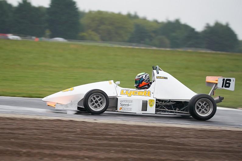 Forza sim racing如何帮助Reece Lycett获得F1000首次登上领奖台