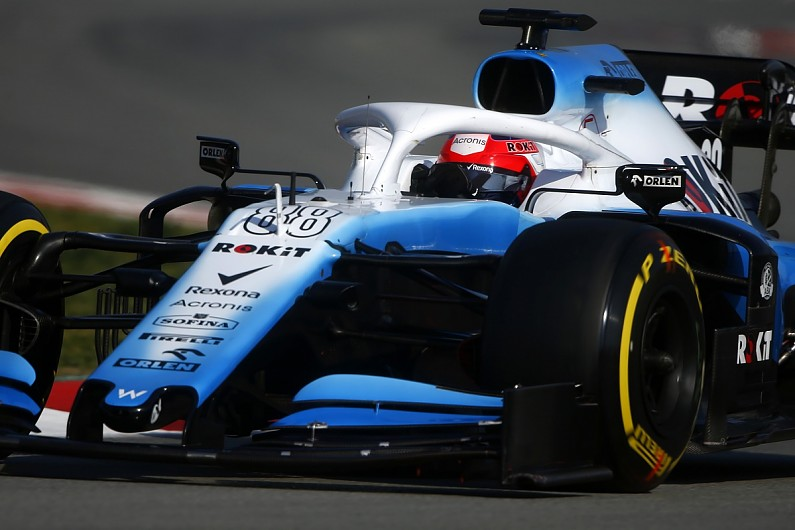 Williams modifying front suspension and mirrors to ensure