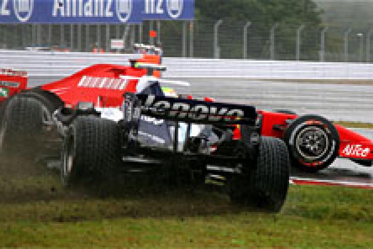 The Splash of the Titans - - Autosport Plus