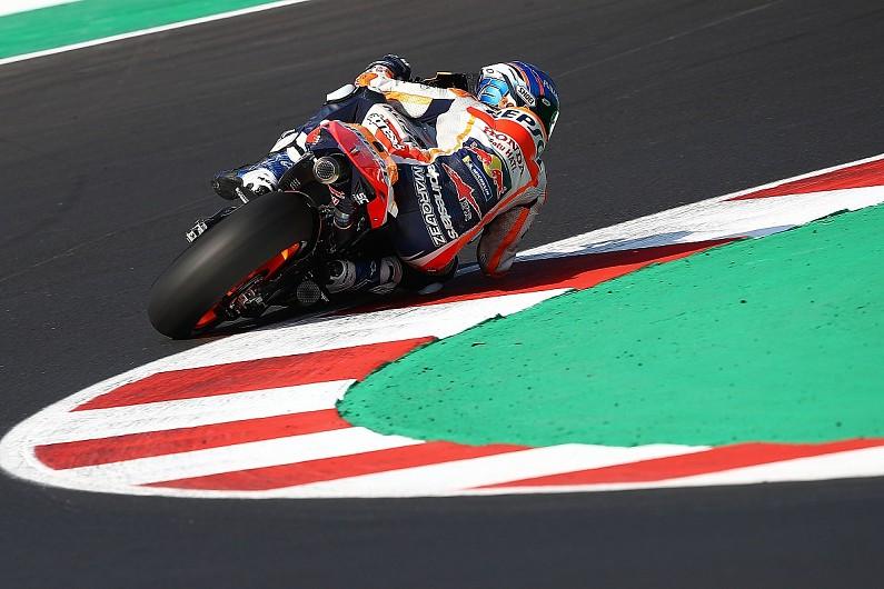 "Marquez riding qualifying laps on Honda MotoGP bike ""Moto2 style"" - Motor Informed"
