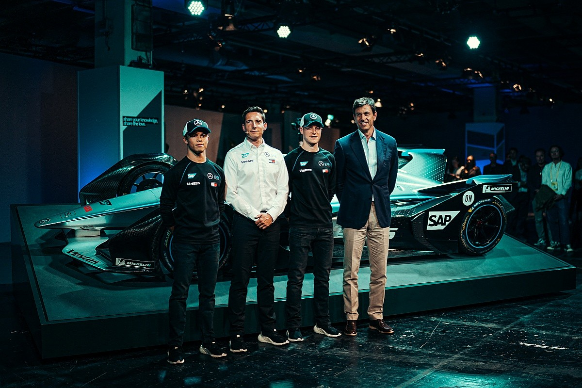 Why Mercedes is backing two McLaren F1 outcasts - Formula E - Autosport Plus