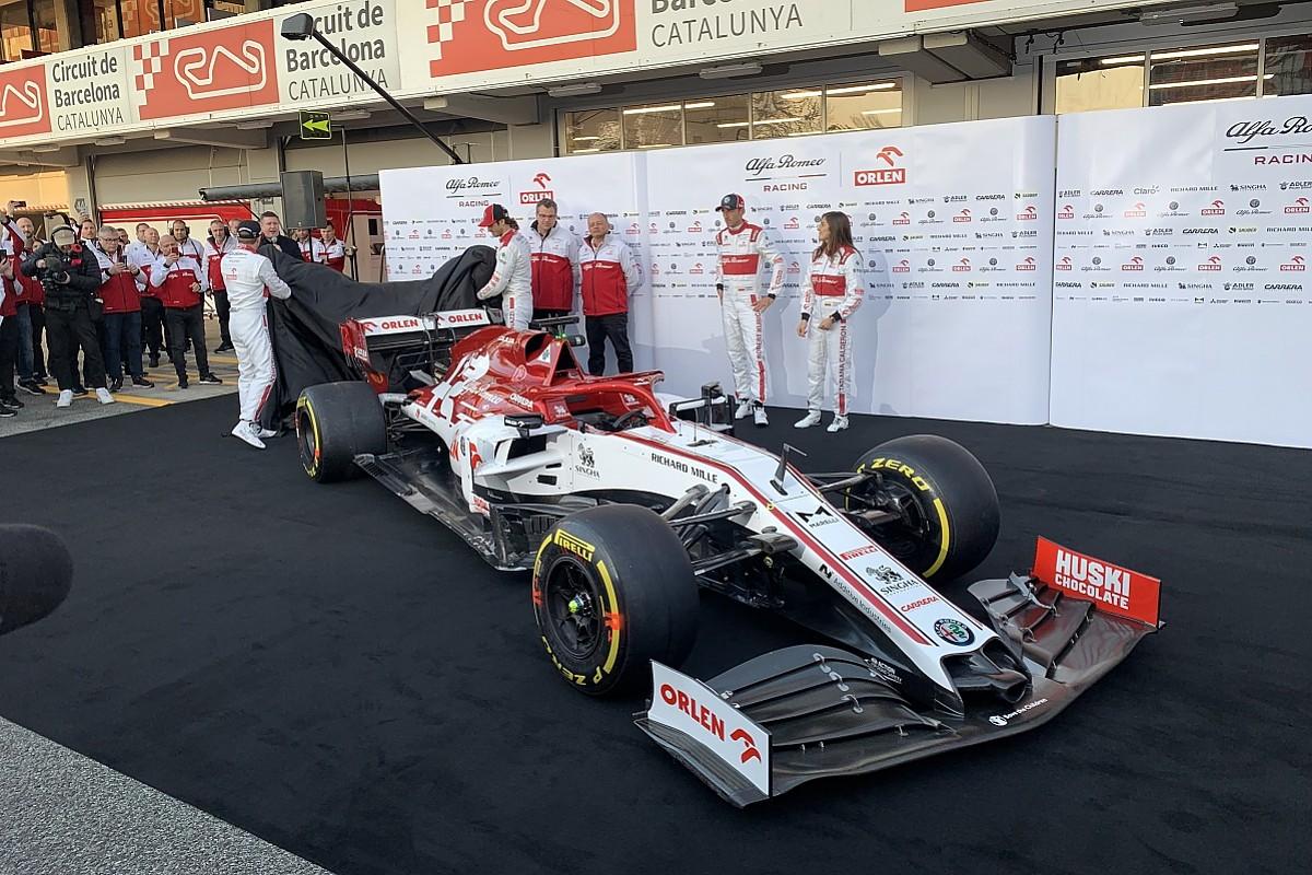 Alfa Romeo Reveals 2020 Livery Ahead Of F1 Pre Season Testing F1 Autosport