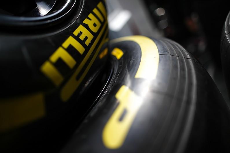 Ocon drives in final F1 '20 tyre test, Pirelli has deadline concern