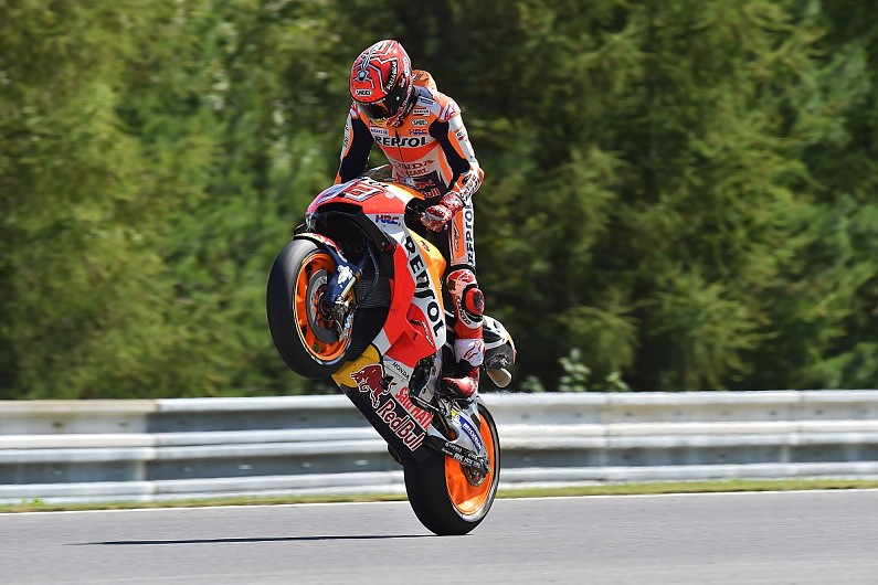 MotoGP Brno: Marc Marquez beats Valentino Rossi to pole position - MotoGP - Autosport