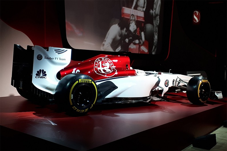 sauber reveals alfa romeo livery design concept at f1 launch event f1 autosport. Black Bedroom Furniture Sets. Home Design Ideas